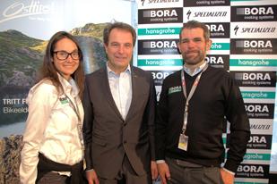 Franz Theurl (Obmann des Tourismusverbandes Osttirol) und Ralph Deng (Teammanager Bora Hans Grohe)